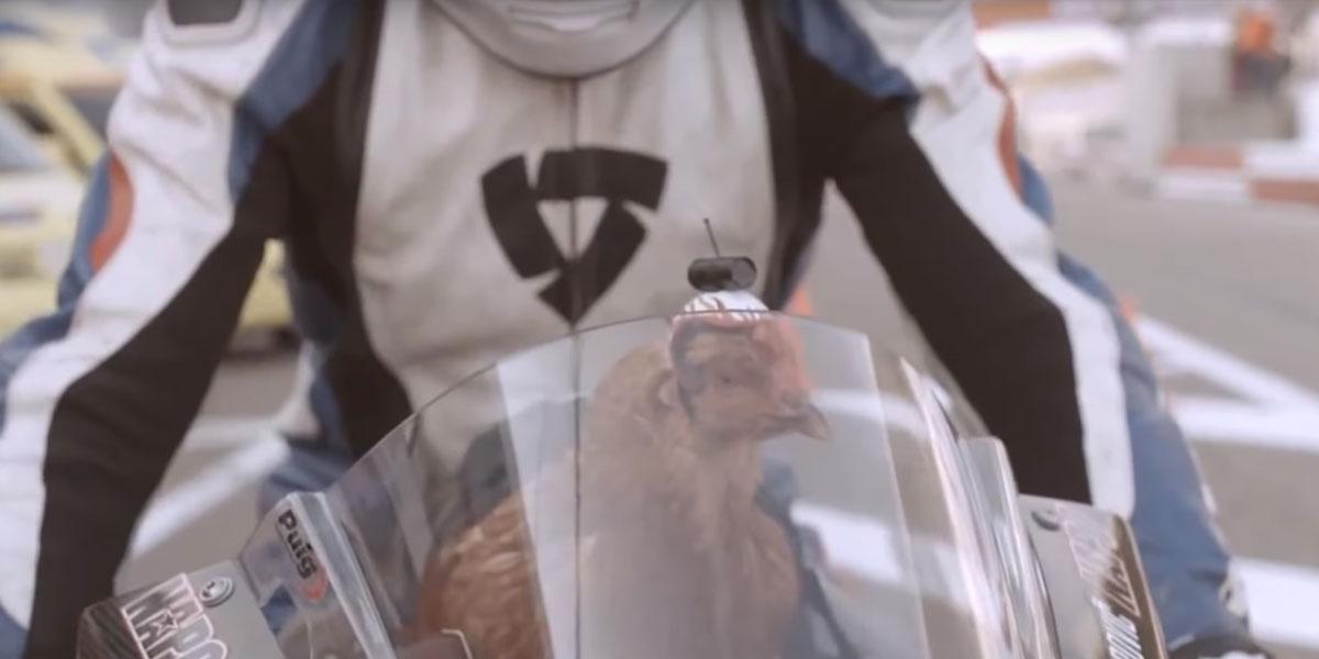 El anuncio más divertido de LG G2 mostrando una de las primeras cámaras estabilizadoras